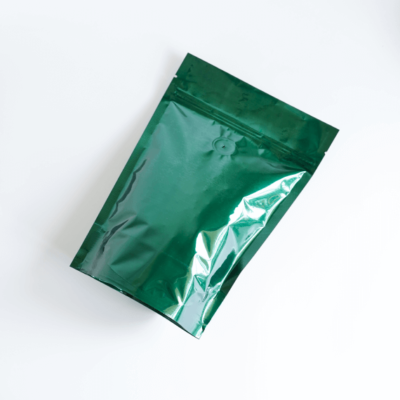 Shiny Green Stand Up Pouch With Zipper And Valve 1